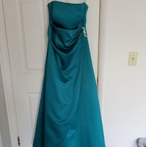 Oasis Full Length Strapless Satin Gown Size 10